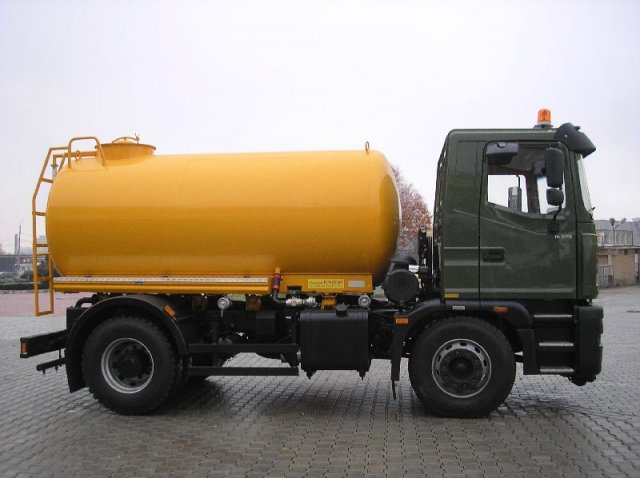 oil transport 004-1